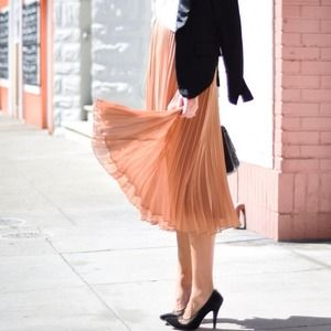 SOLD! Zara Midi-length Pleated Skirt