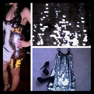 Dresses & Skirts - Gorgeous Silver and black sequin dress