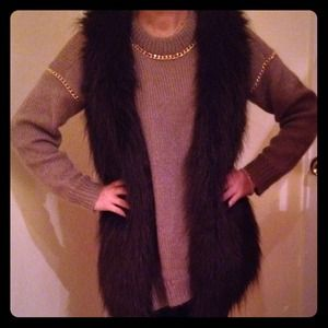 Kensie Outerwear - Faux fur vest RESERVED