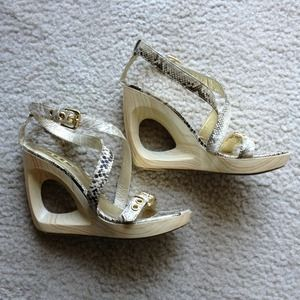 Exe Shoes - Adorable wedge heels