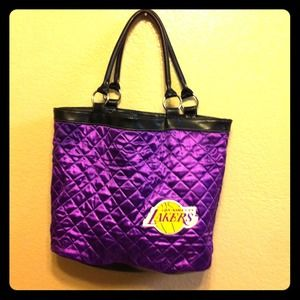 Handbags - 🏁50% OFF🏁LA Lakers Bag🌟