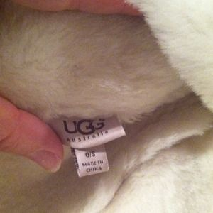 a55d993e1007f UGG Accessories - Ugg winter hat