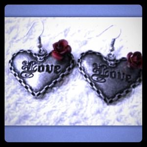 Jewelry - Heart Love Rose silver tone Earrings NEW