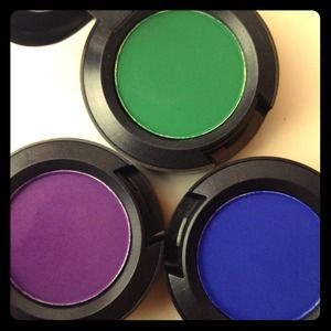 MAC Accessories - 🎨 Limited edition - MAC Eyeshadows 🎨