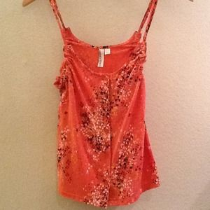 Tops - Cute orange tank