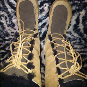 UGG Shoes - ❄Lace up boots Authentic!