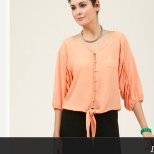 Isabel Lu Size X Small front tie silk top