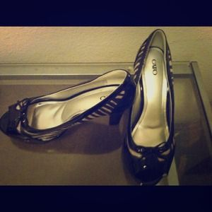 Shoes - Black & white zebra print peep toe pumps