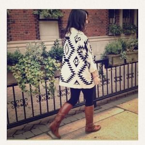 Boutique Sweaters - Cozy and trendy Aztec sweater. 4