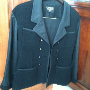 Black Chanel Boucle and Linen Suit!