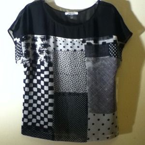 DKNY Tops - DKNY Dknyc black white top NEW