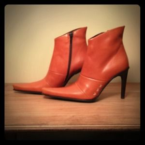 Guess Boots - 💢SOLD💢 gorgeous cognac leather Guess booties