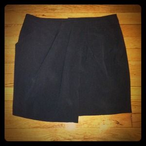 Moving. Must go! Dylan & Rose black mini skirt.