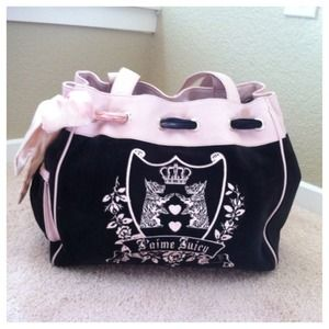 Juicy Couture Handbags - 📦Reserved📦Juicy pink and black velour handbag