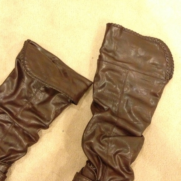 Shoes - Knee high dark brown high heel boots in size 6.5 2