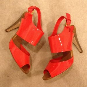 BCBGMaxAzria Shoes - BCBG MaxAzria neon coral sandal heels size 6/36