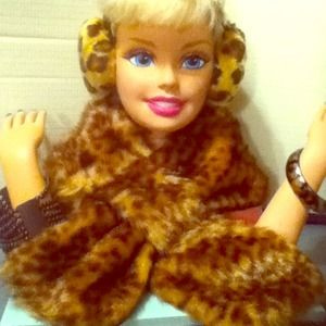 Accessories - faux fur scarf/earmuffs bundle/on sale til Dec.