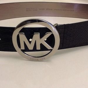 Michael Kors Accessories - Michael Kors.