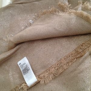 H&M Accessories - H&M Gold shimmer scarf
