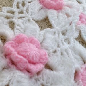 Accessories - Handmade white w/pink scarf