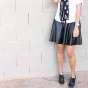 Forever 21 Dresses & Skirts - Forever21 Faux Leather skirt