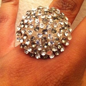 Jewelry - white and black crystal BCBG ring