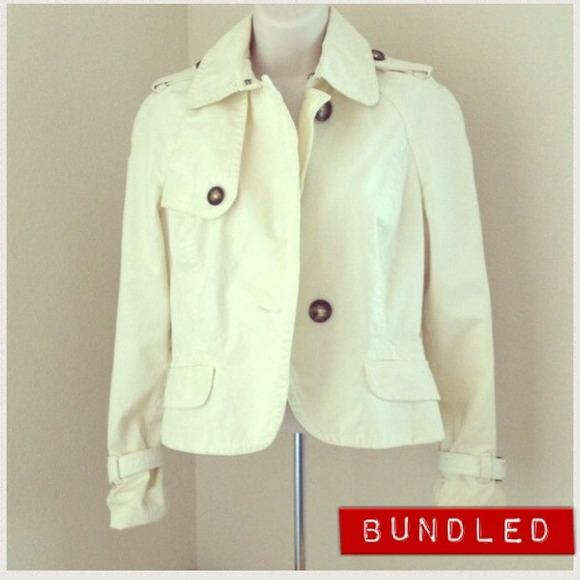 ⭕️Bundled⭕️Banana Republic cream jacket