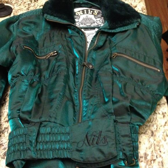 Nils Outerwear - ❤Vintage Ski Jacket w / ski pants Bundle❤