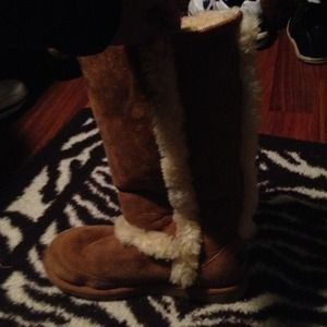 UGG Boots - ⛔Reserved UGG fur boots⛔