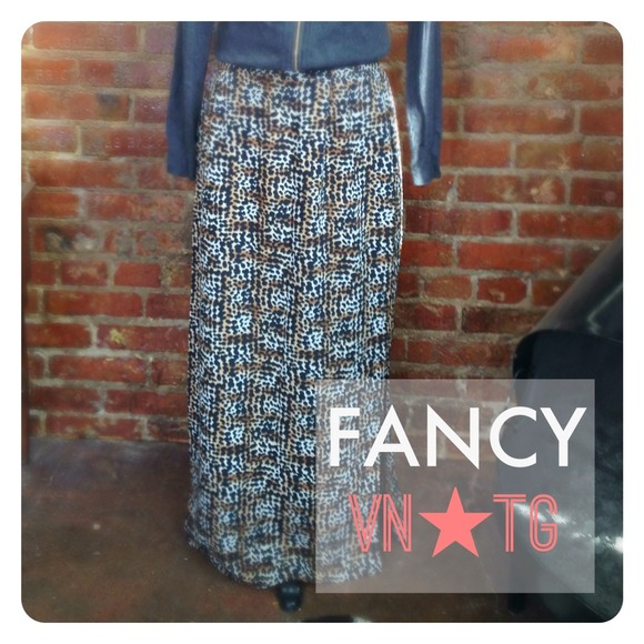 vintage Skirts - HALF OFF SALE | ✨Vintage✨Leopard Print Maxi Skirt