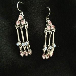 Jewelry - Jewelmint bundle. Earrings + necklace.