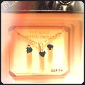 Jewelry - New 10k Emerald Earrings, Pendant & Necklace