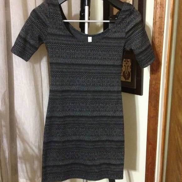 Dresses - RESERVED Black & Grey Print Dress