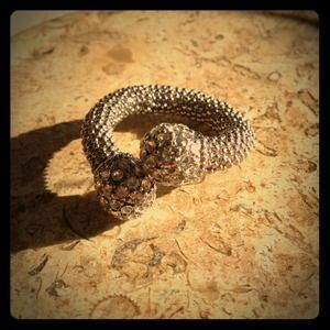 Jewelry - Silver bejeweled wrap ring!!