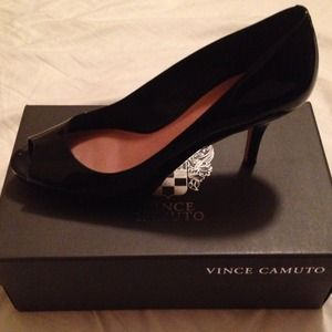 Vince Camuto black smooth patent
