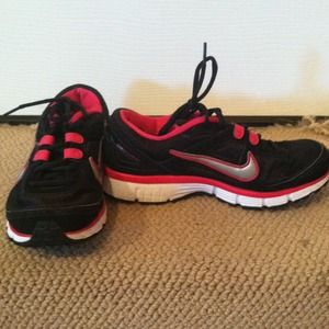 Like new! Nike Duel Fusions