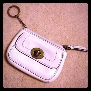 Coach Handbags - COACH WHITE LEATHER COIN PURSE/WALLET