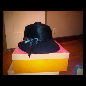 Yves Saint Laurent Accessories - Vintage couture Yves Saint Laurent Hat 6d34ce33cd3