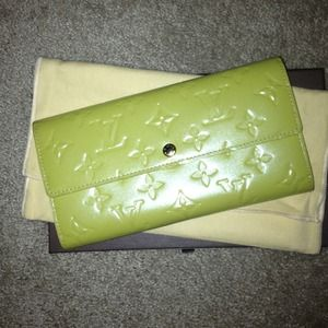 Louis Vuitton Clutches & Wallets - Louis Vuitton wallet