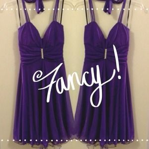 Dresses & Skirts - Purple halter dress