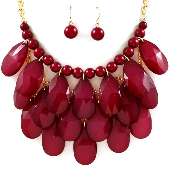 Blue Vanilla Jewelry - Scarlet Statement Necklace