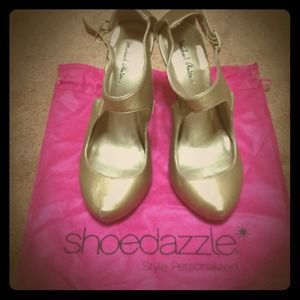 ShoeDazzle Shoes - REDUCED Gold Shoes