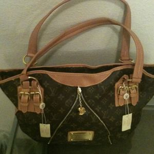 Handbags - Cute brown and gold shoulder bag