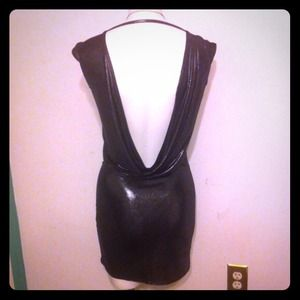 LN Perfect Wore once, sexy low back dress or shirt