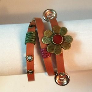 Jewelry - 🎉Freebie with $10 purchase