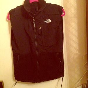 North Face Jackets & Blazers - North Face Denali Vest💗