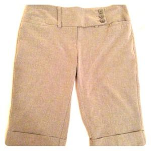 SOLD-----Comfy Walking shorts