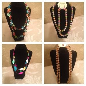 Accessories - Necklace bundle