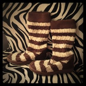 UGG Boots - Authentic Uggs - Sweater Boots