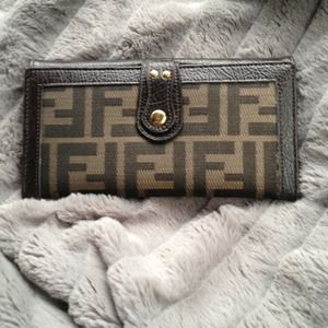 FENDI Bags - **REDUCED!!** Fendi Continental Wallet